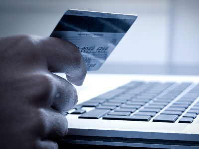 如何挑选信用卡?怎样使用信用卡积分?哪些银行的比较好办?