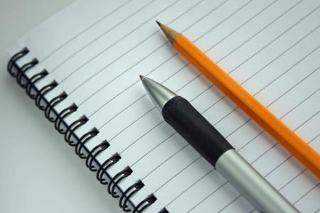 什么样的文章更加吸引读者?网络编辑创作文章时在内容及标题上该注意什么?
